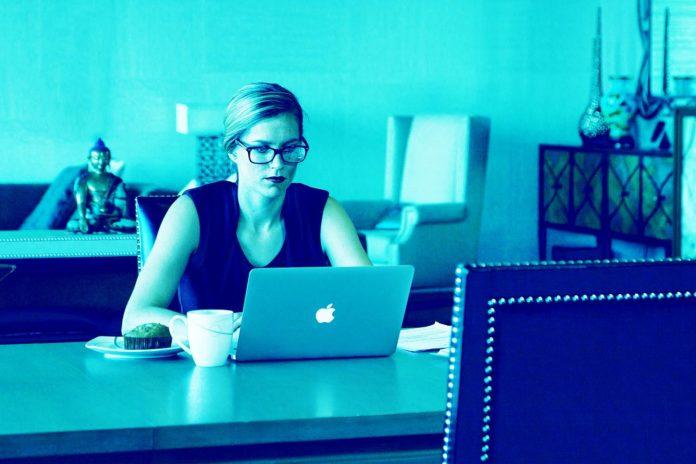 Cómo utilizar LinkedIn de manera eficaz: Guía para personas que buscan trabajo como generar actividad social con sus publicaciones publicitarias de LinkedIn