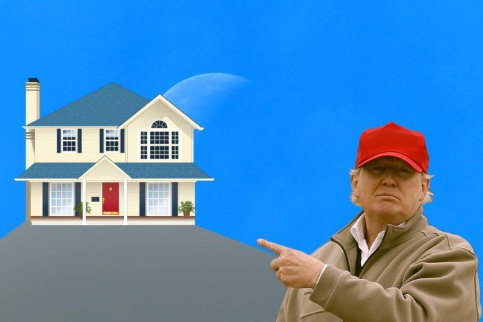 Donald Trump ayudó a Mike Pence a pagar su hipoteca