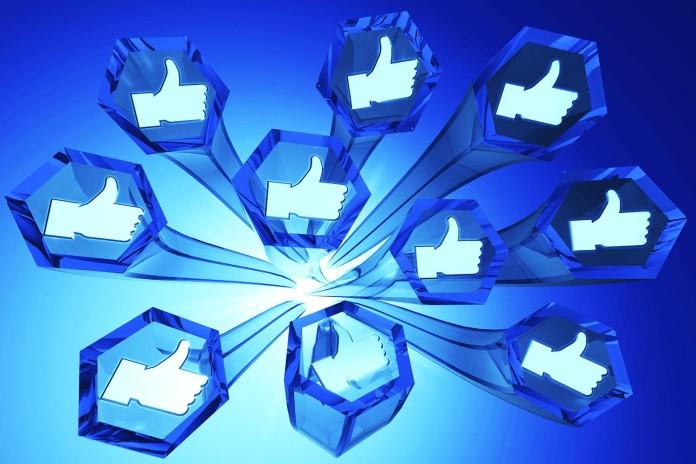 Facebook es finalmente mejor que Twitter Periscope Clapway